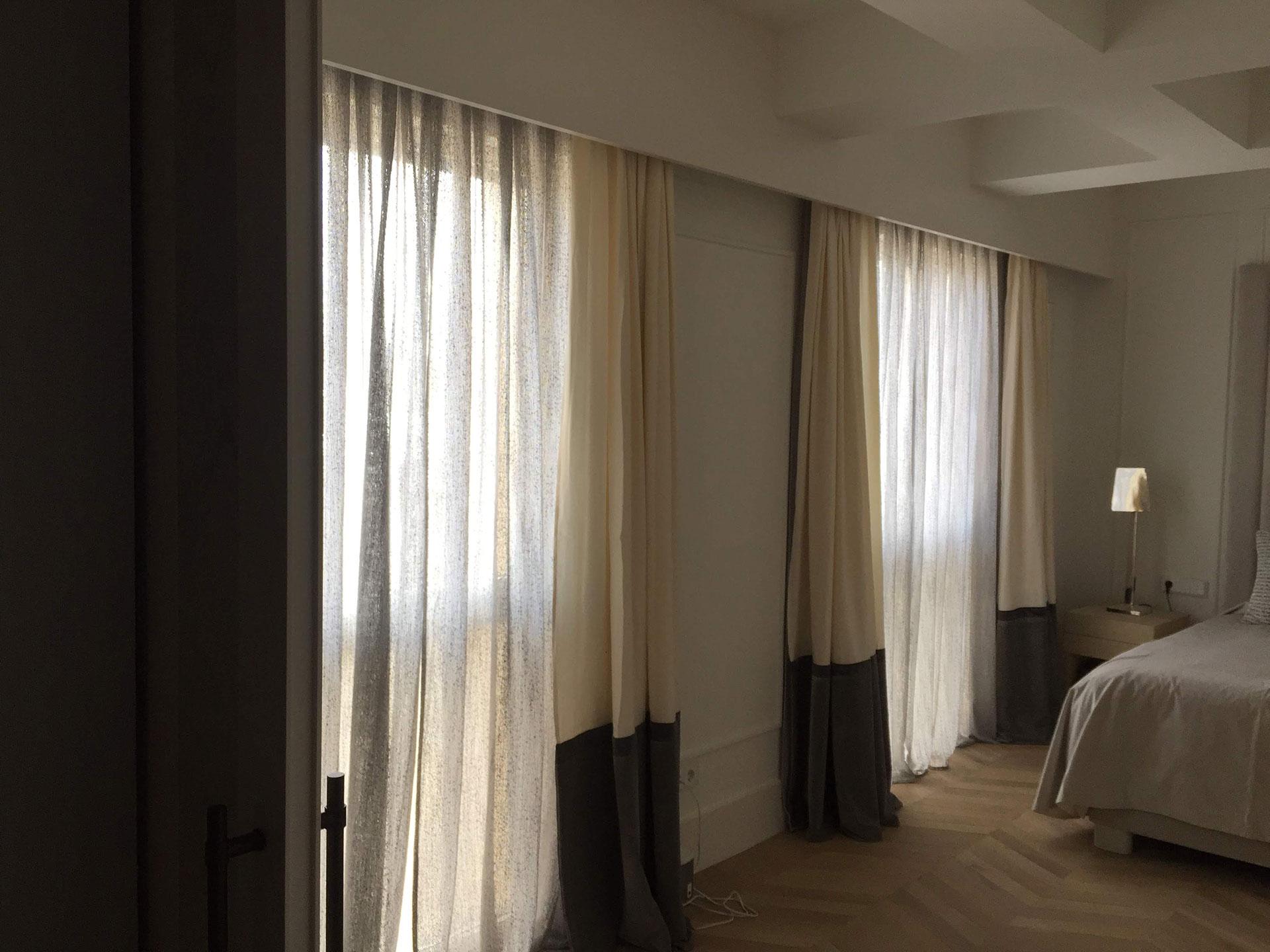 Instalación cortinas en piso de San Sebastián, Gipuzkoa