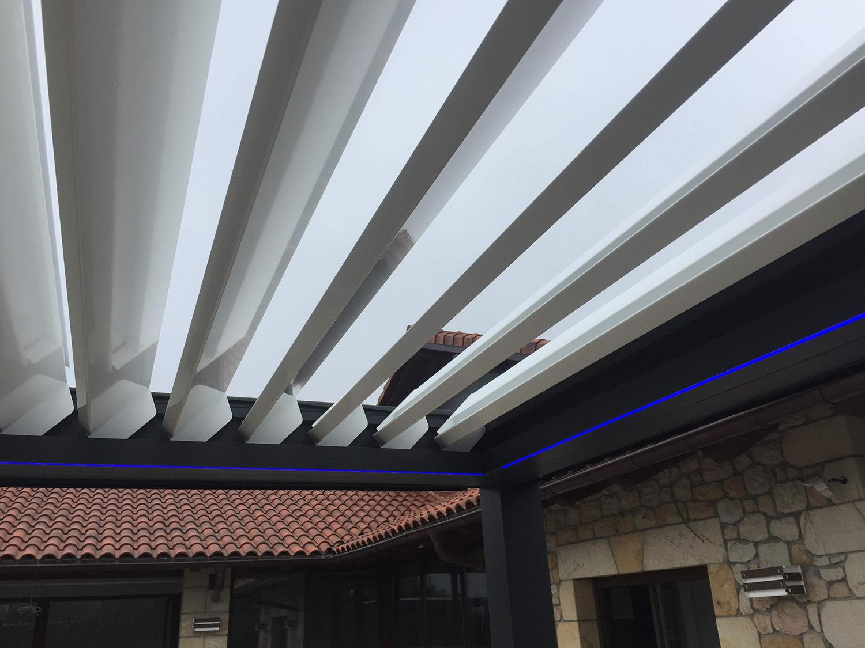 Instalación de pérgolas bioclimáticas en Donostia-San Sebastián, Gipuzkoa